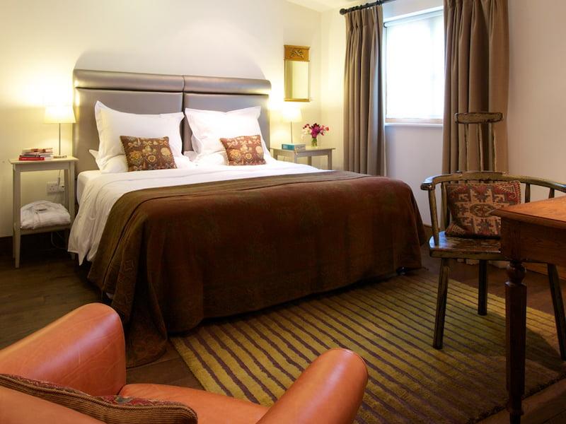 Eckington Manor Rooms Classic Bed