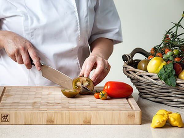 Knife Skills (1/2 Day)